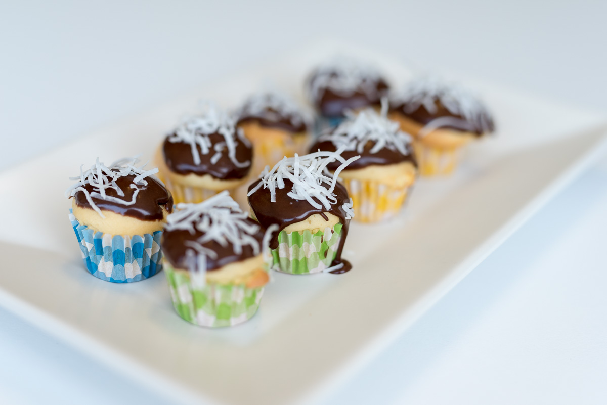 lamington-cupcakes-18